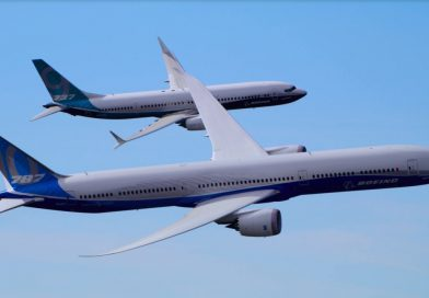 Boeing 787-10 Dreamliner and 737 MAX 9 Fly Together.